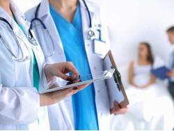 Cục trưởng yêu cầu coi tất cả người bệnh đến viện là F0, bảo hiểm chỉ thanh toán khi có triệu chứng: Bất cập chống dịch?