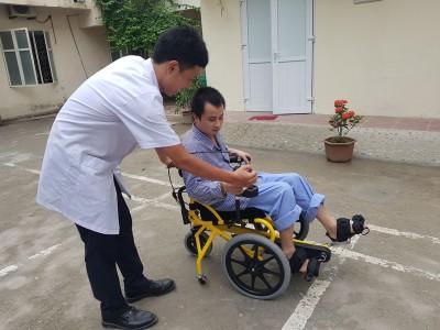 >Ứng dụng xe lăn có bàn đạp trong phục hồi chức năng